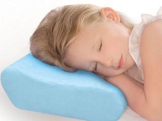 Подушка для ребенка: какую выбрать для сна новорожденного